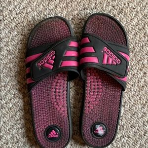 Sale!! 💕 Pink and black adidas slides